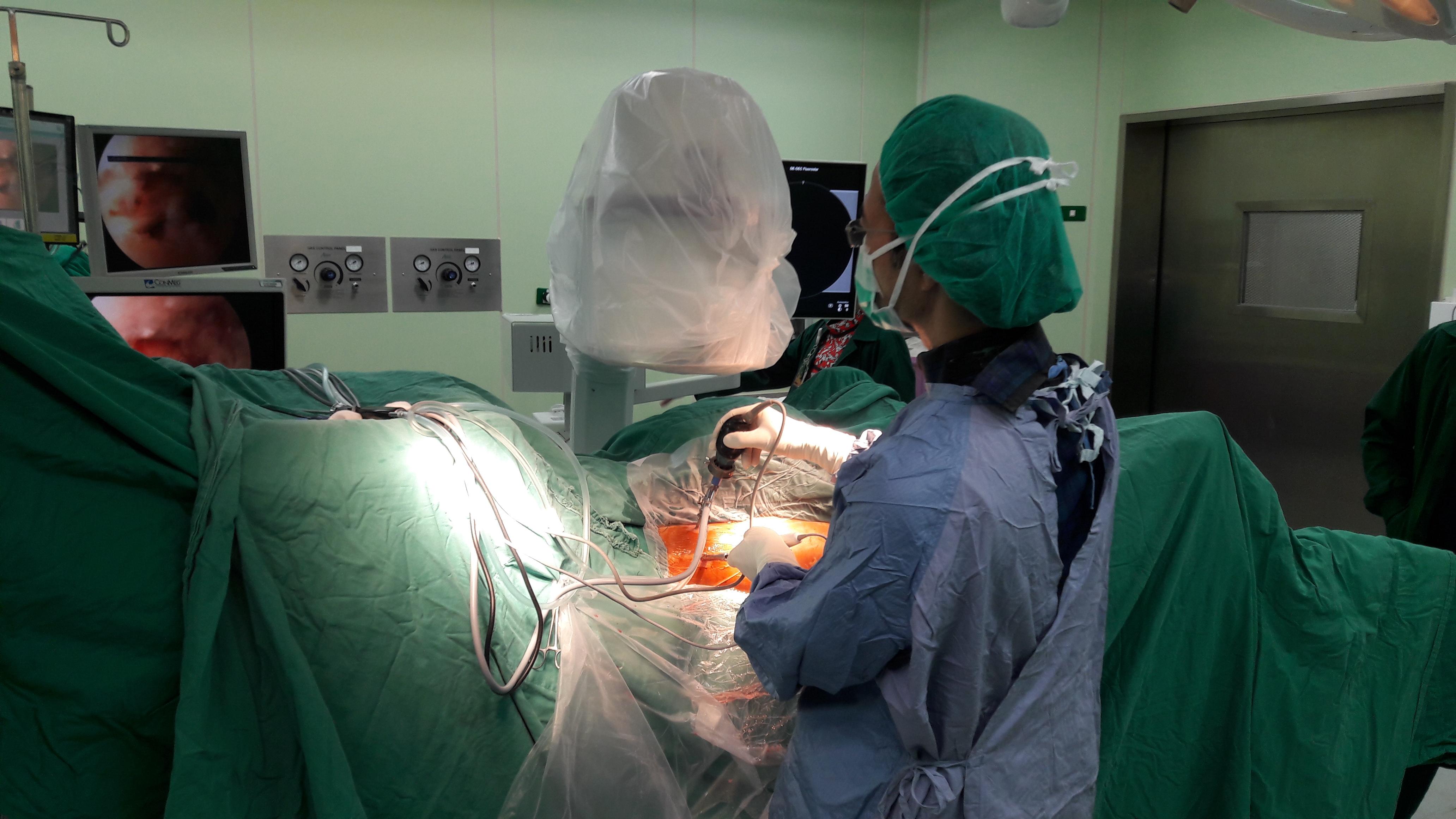 髖部關節軟骨破裂治療的利器-髖關節鏡手術